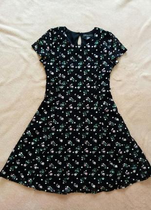 Красивое платье для девочки 10 - 11 лет