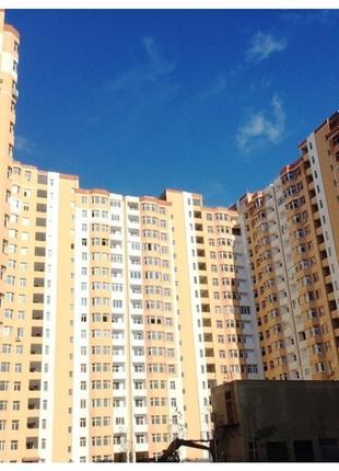 3 комнатная квартира в современном доме в районе парка Победы