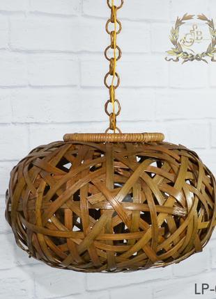 Плетеный светильник, из ротанга