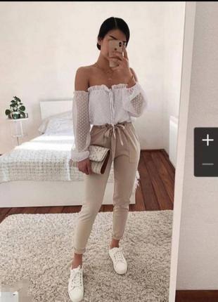 Шифоновая блузка с открытыми плечами