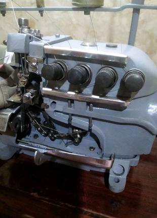 Промышленный 3-5ниточный оверлок от мастера
