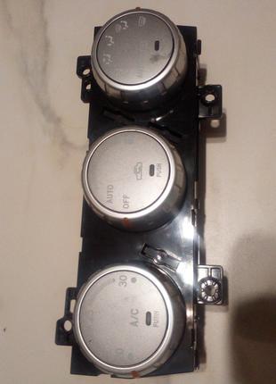 Блок управления печкой Subaru Forester