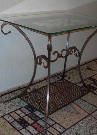 Стол кованый со стеклянной столешницей (mbst-001)