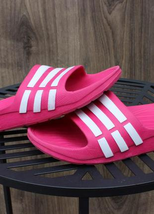Шлепанцы adidas pink 31-32 размер оригинал