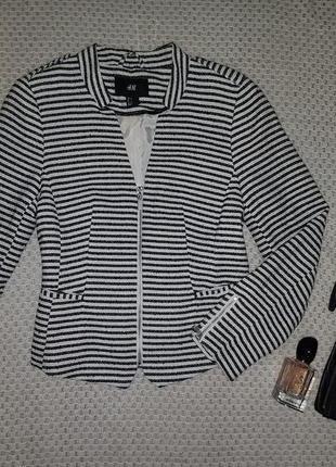 Стильный жакет / пиджак