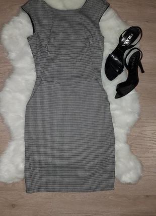 Платье без рукав / сарафан