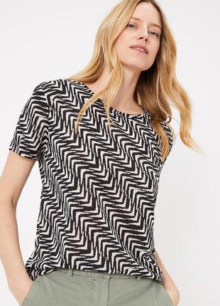 Новая футболка с геометрическим рисунком от marks & spencer