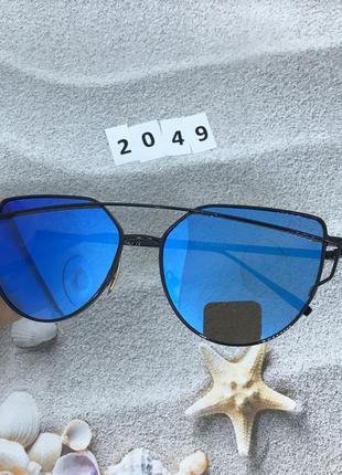 Солнцезащитные очки , цвет линз голубой  к. 2049