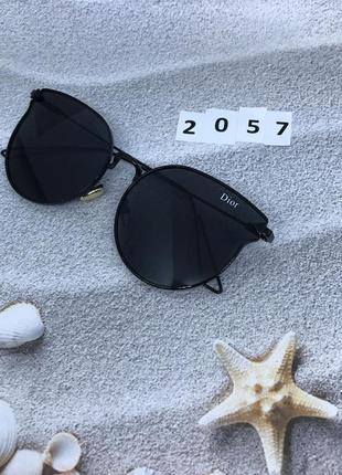 Солнцезащитные очки цвет линз и оправы черный к. 2057