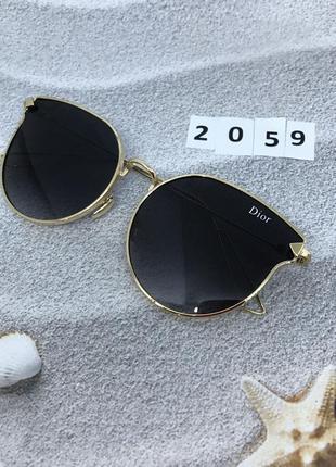 Солнцезащитные очки цвет оправы золотой к. 2059