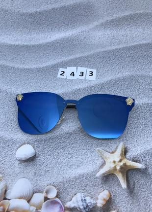 Солнцезащитные очки синие,с зеркальной линзой  к. 2433