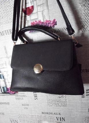Отличная черная женская сумка, среднего размера