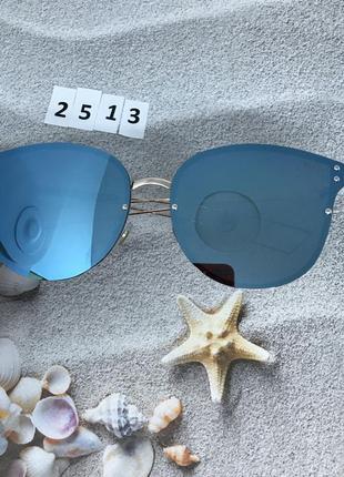 Солнцезащитные очки с голубой линзой   к.2513