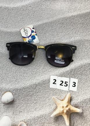 Солнцезащитные очки с синими линзами  к. 2253