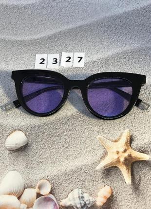 Солнцезащитные очки с фиолетовыми линзами  к. 2327