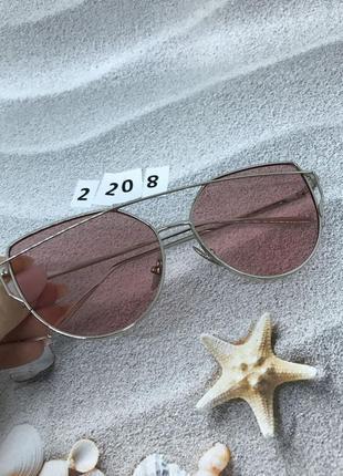 Солнцезащитные розовые очки в серебряной оправе  к. 2208