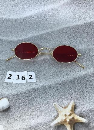 Модные солнцезащитные очки с красными линзами к. 2162