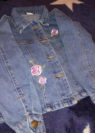 Джинсовая куртка девочке 4-6 лет
