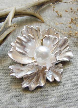 Элегантная крупная брошь цветок с эмалью брошка с цветком. цве...