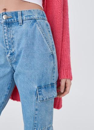 Джинсы джоггеры с накладными карманами sinsay