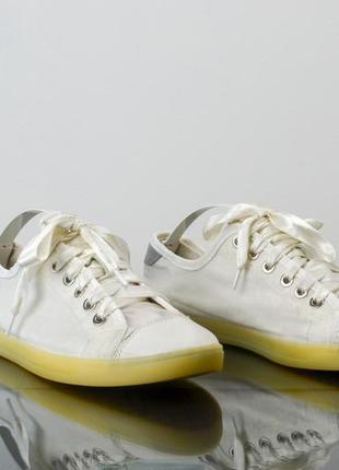 Dkny оригинальные низкие кеды, кроссовки с атласной лентой 37,...