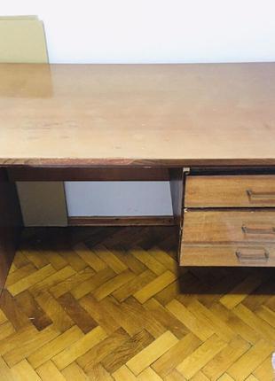 Письменный стол, учебный стол. Школа. Цена снижена!
