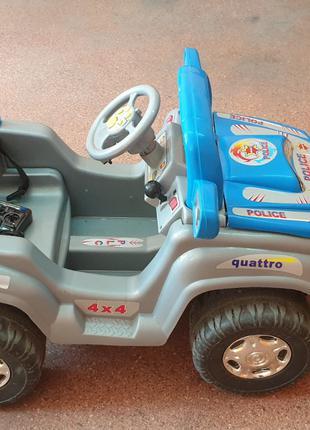 Машина детская на аккумуляторе