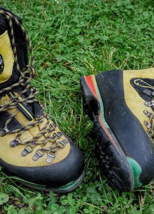 Гірські черевики La Spotrtiva Nepal Evo