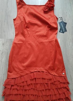 Шикарное платье rinascimento