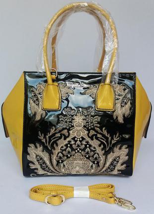 Farfalla rosso. фирменная сумка, шикарная вышивка. новая