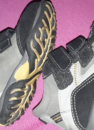 Ботинки детские на липучке VERA PELLE 24 размер.