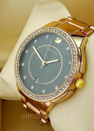 Женские наручные часы swarovski на металлическом браслете