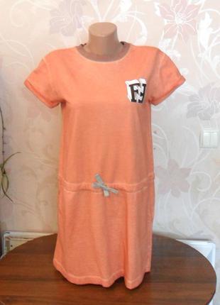 Оранжевое трикотажное платье fendi roma