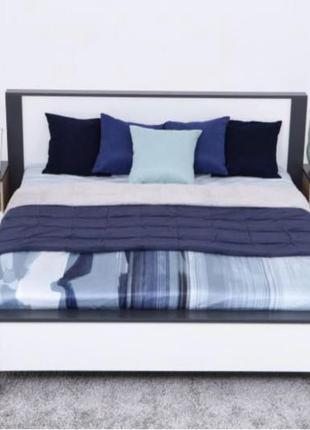 Продам кровать без матраса