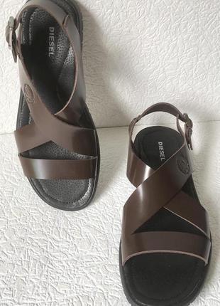 Мужские кожаные коричневые сандалии diesel casual ! очень стил...