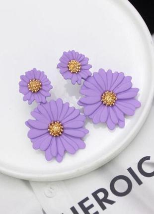 Нежные серьги цветы лавандового ( сиреневого ) цвета