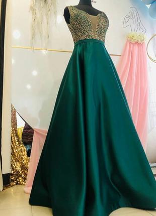 Шикарное выпускное изумрудное платье с камнями Сваровских