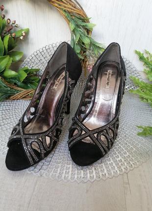 Босоножки туфли с камнями праздничные черные в идеальном состо...