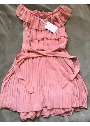 Светло-розовое лёгкое платье