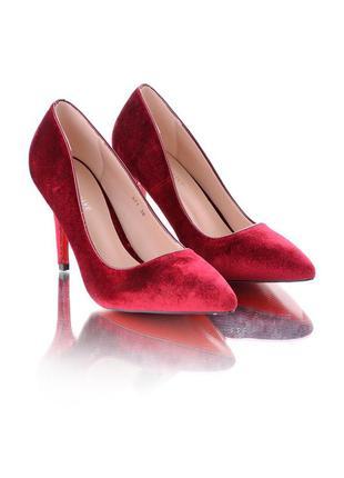 Стильные туфли- лодочки на шпильке