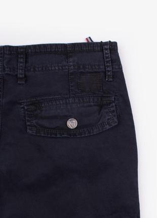 Мужские джинсы с карманом