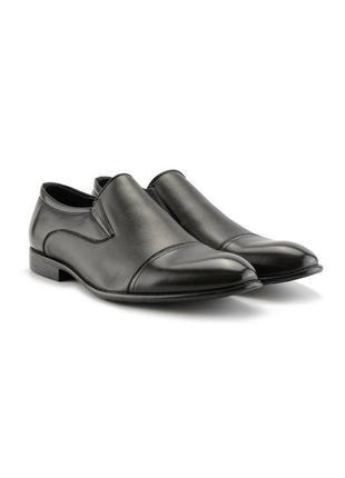 Мужские туфли черного цвета