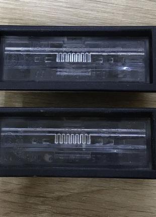 Фонарь подсветки заднего номерного знака Chevrolet Volt 11-15