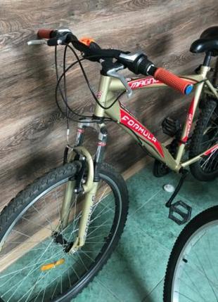 """Велосипед очень прочный на 26"""" колесах - рама метал, все работ..."""