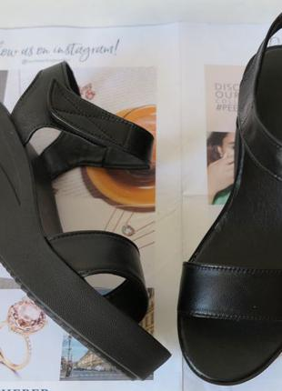 Босоножки стиль Kelton! женские черные замша натуральная на платф