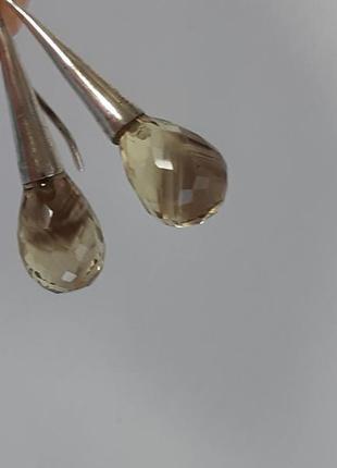 Серебряные серьги с дымчато-жёлтым камнем
