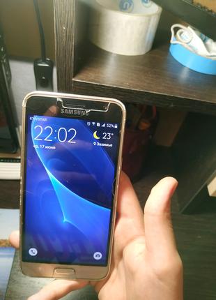 Продам Samsung galaxy j3 2016