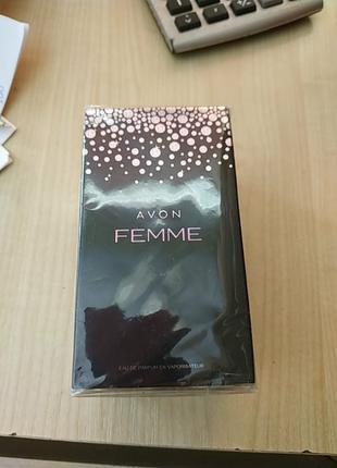 Парфюмированных вода Femme avon