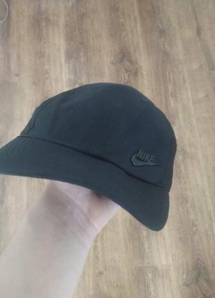 Черная кепка,бейсболка nike