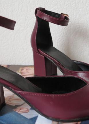 Комфортные туфли Limoda из натуральной кожи босоножки на каблуке